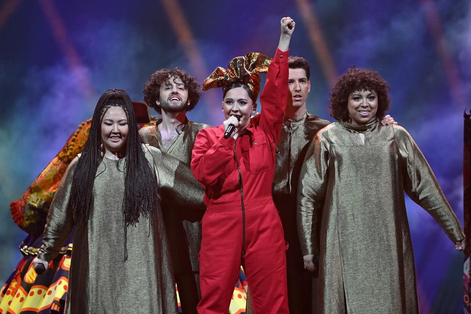 Как Манижа выступила в финале Евровидения 2021: участница от России стала девятой