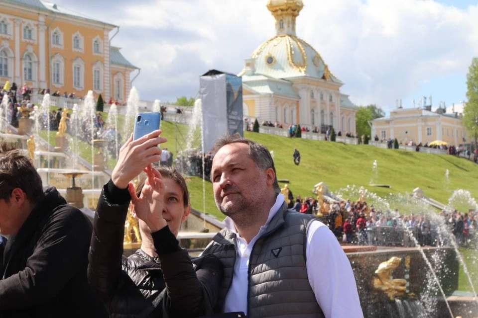 Отмена Осеннего праздника фонтанов в Петергофе 2021: массовое зрелище не проведут из-за коронавируса