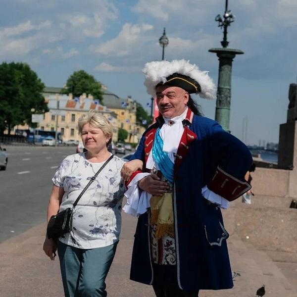 11 лучших идей для выходных в Санкт-Петербурге 14-15 августа 2021: про бандитский Питер и Александровский дворец